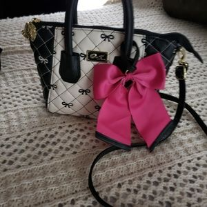 NWOT💞LOVE BETSEY by BETSEY JOHNSON CROSSBODY BAG